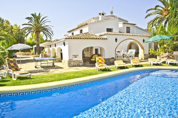 Superb villa set amongst acres of orange groves in a beautiful, unspoiled valley of Javea.