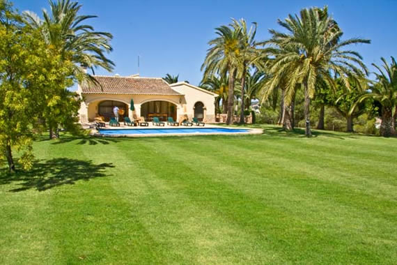 Luxury holiday rental villa with large grassed gardens and heated swimming pool, close to the Mediterannean, beach & delightful town of Javea, Costa Blanca, Spain.