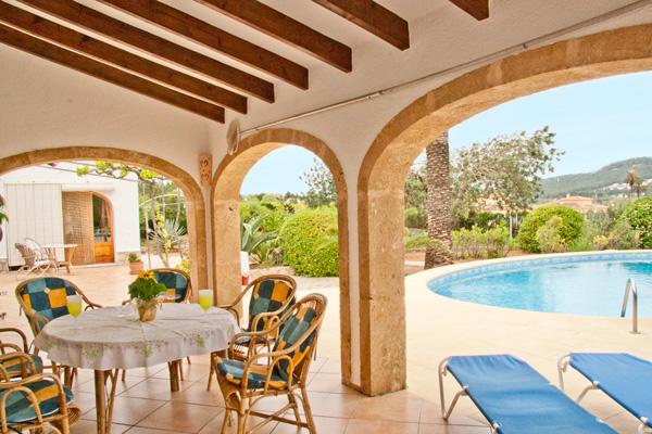 Villa tranquila very tranquil 3 bedroomed villa with - The star shaped villa ...