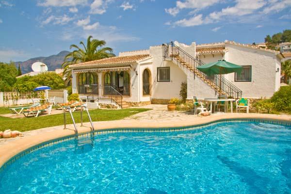 Holiday Villas Late Availability