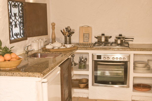 Spanish style fully equipped kitchen